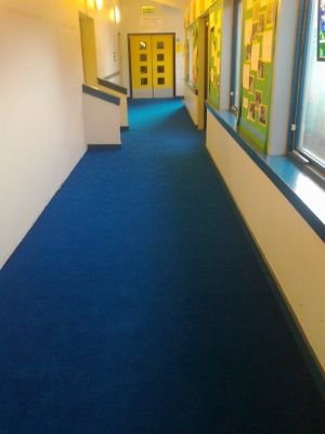 Heckmondwike Supacord carpet installed to a school corridor